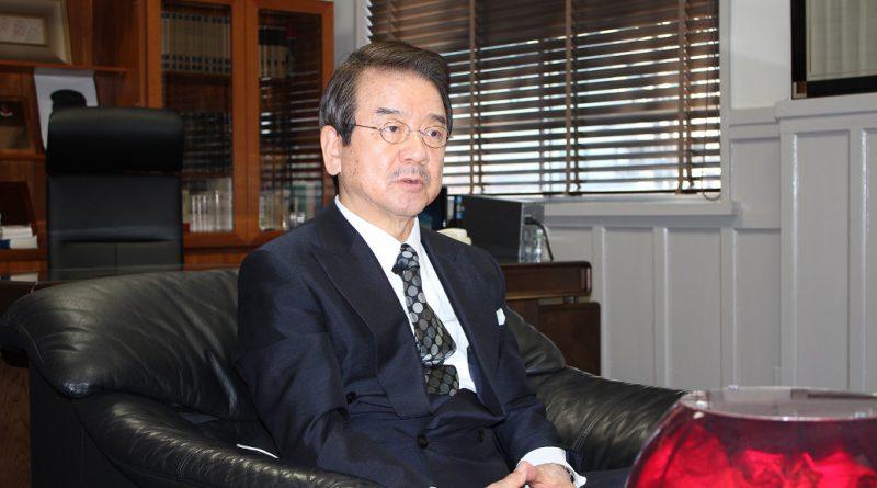 炭山嘉伸・東邦大学理事長